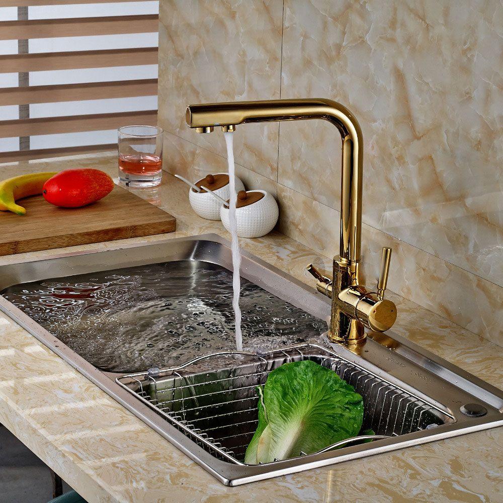 torneira cozinha moderna dourada