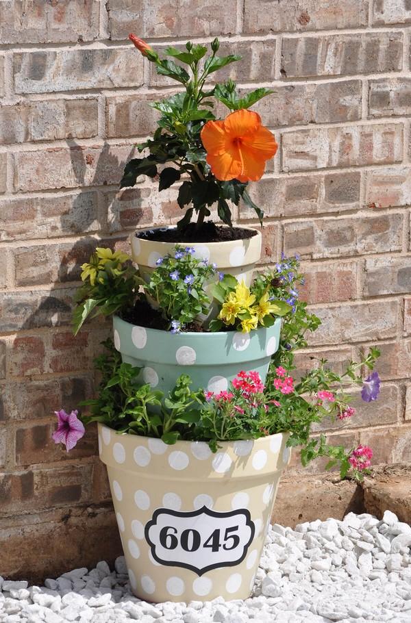 torres de vasos com flores 10